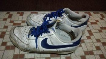 雨で濡れてしまった靴